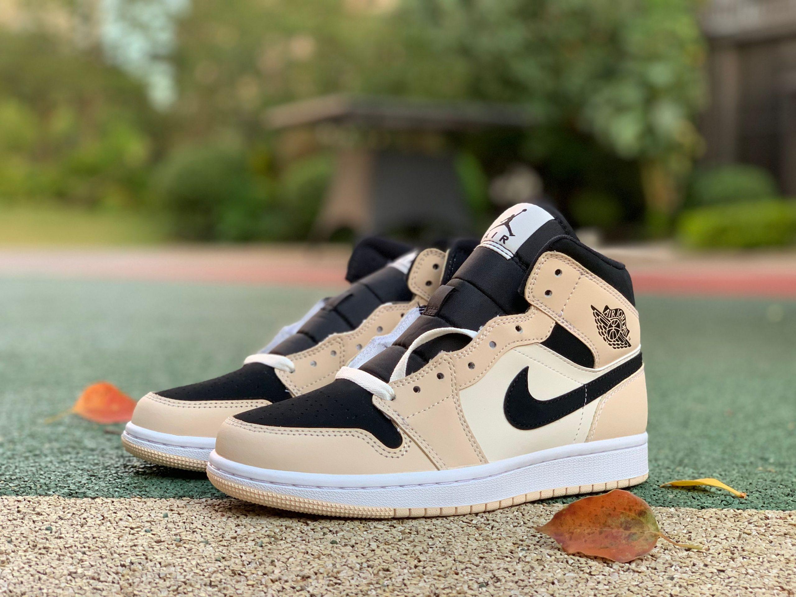 Giày Nike Jordan1 Mid Barely Orange