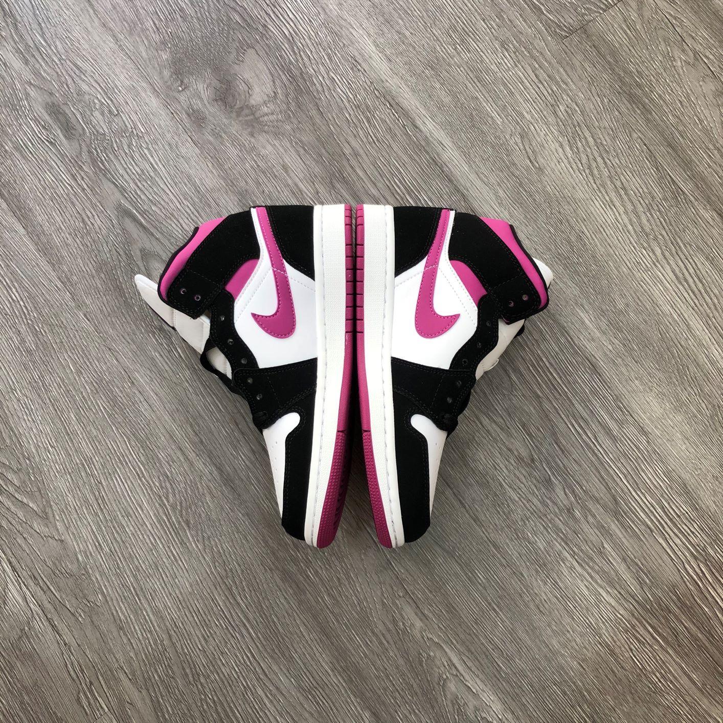 Giày Nike Jordan1 Mid Cactus Flower