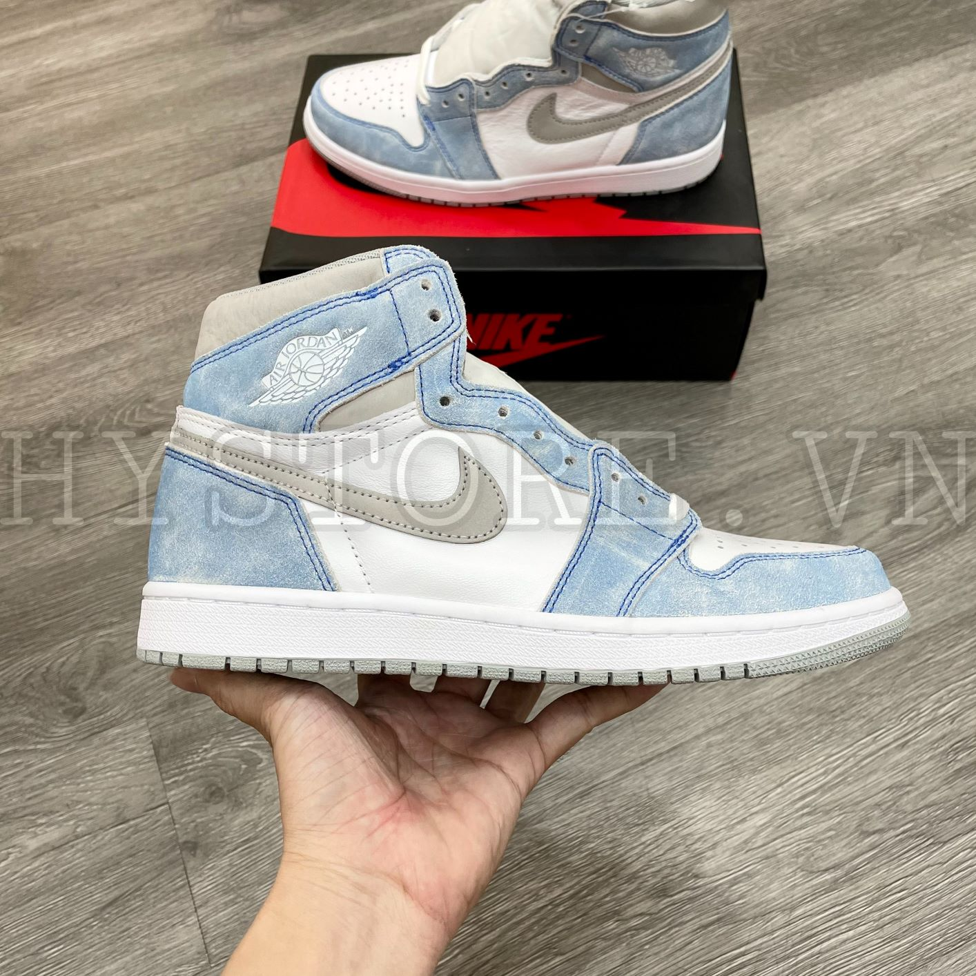 Giày Nike Air Jordan1 Hyper Royal