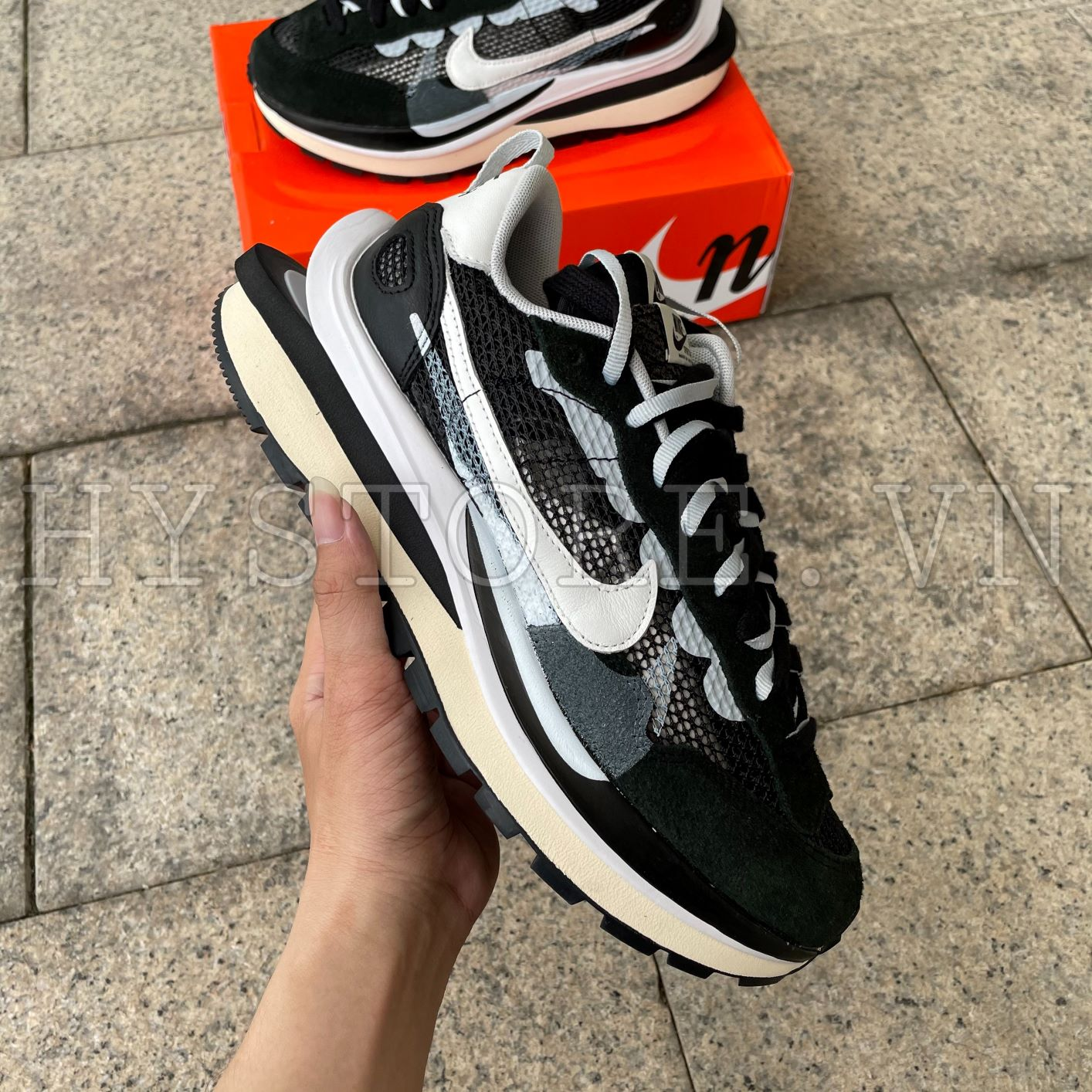Giày Nike Sacai Vaporwaffle Black White